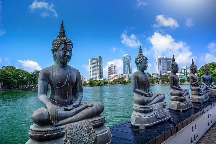 SL Ride - Colombo day tour |gangarama-temple-colombo -Srilanan Riders